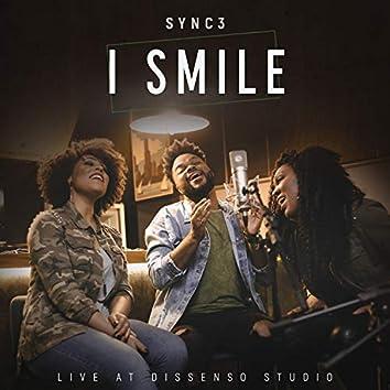 I Smile (Live at Dissenso Studio)