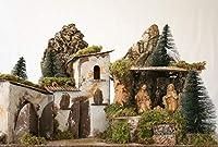 Presepe natalizio in legno Paesaggio con casette in pietra e boschetto Dimensione: 58 x 34 x 37