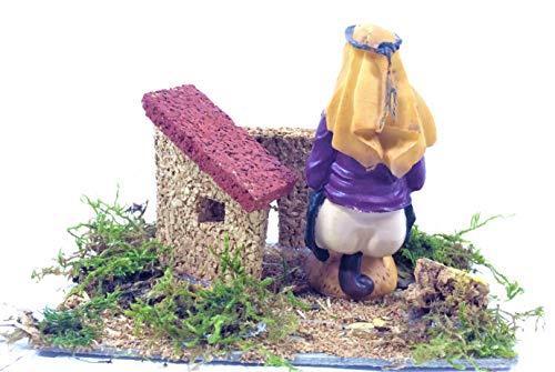 LBA Accesorios para Nacimiento o Belén navideño. Paisajes, Escenas, Pozos, Puentes, Estanques, Fuentes, Profesiones, Corrales, Pastores, etc. (Caganer, 12x9x7 cms.)