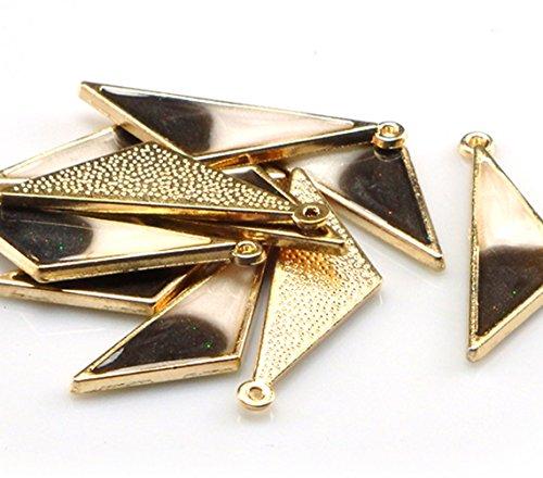 ミルキーパールブラック(4個) トライアングル ゴールドベースチャーム レジン風 アクセサリーパーツ ハンドメイド 手芸材料 ストアーズクラブ