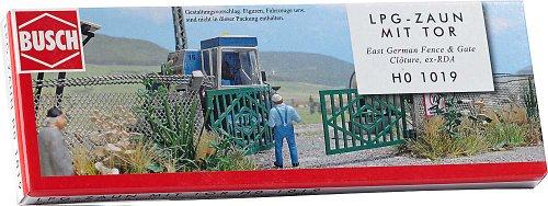 Busch 1019 - LPG Zaun mit Betonpfosten und Tor