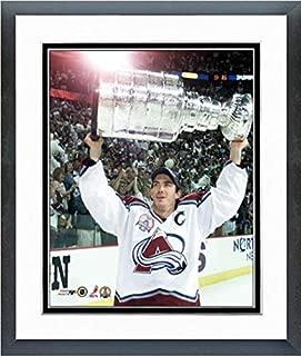 Joe Sakic Colorado Avalanche 2001 Stanley Cup Photo (Size: 12.5