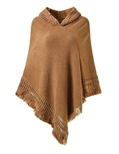 Ferand Damen Kapuzen Poncho mit Häkelborde, Cape für Frauen aus Strickmaterial mit Zierfransen, Karamel