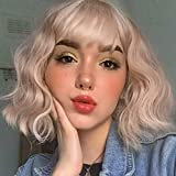 Sué Exquisite Wavy Short Bob Wig With Air Bangs Ash Blonde Curly Wigs for Women Synthetic Natural Wavy Shoulder Length Hair Bob Cospaly Wig for Girl (60/30#)