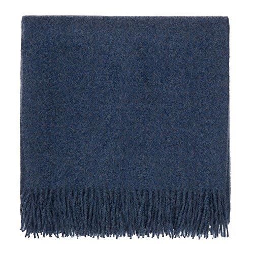 URBANARA 130x185 cm Alpakadecke 'Arica' Jeansblau — 100% reine Baby-Alpakawolle — Ideal als Überwurf, Plaid oder Kuscheldecke für Sofa und Bett — Warme Decke aus Alpakawolle mit Fransen