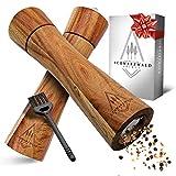 👩🍳𝗘𝗜𝗡𝗙𝗔𝗖𝗛𝗘𝗦 𝗨𝗡𝗗 𝗟𝗘𝗖𝗞𝗘𝗥𝗘𝗦 𝗪Ü𝗥𝗭𝗘𝗡 𝗩𝗢𝗡 𝗠𝗔𝗛𝗟𝗭𝗘𝗜𝗧𝗘𝗡 - Mit unseren manuellen Gewürzmühlen noch leckerer und einfacher Würzen durch optimales Handling und ein sehr hochwertiges Mahlwerk 👩🍳𝗣𝗘𝗥𝗙𝗘𝗞𝗧𝗘𝗦 𝗭𝗘𝗜𝗧𝗟𝗢𝗦𝗘𝗦 𝗚𝗘𝗦𝗖𝗛𝗘𝗡𝗞 - Die Pfeffermühlen aus Holz passen in...