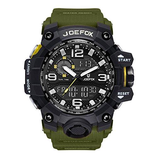 Reloj de pulsera analógico-digital para hombre. Diseño deportivo y militar, con cronógrafo y caja grande de 56 mm. Impermeable, pantalla LED y correa de resina. Color verde