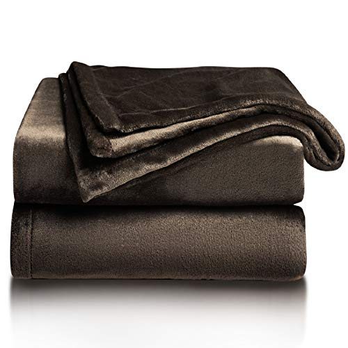 Bedsure Manta para Sofás de Franela 150x200cm - Manta para Cama 90 Reversible de 100% Microfibre Extra Suave - Manta Marrón Transpirable