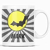 Taza personalizada con personajes de cómic, superhéroes, fanáticos de cómic, murciélagos, taza de café, taza de nombre...