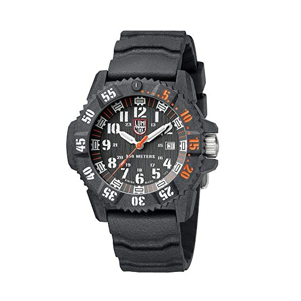 Luminox Master Carbon Seal 1