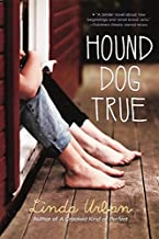 By Linda Urban - Hound Dog True (Turtleback School & Library Binding Edition) (Reprint) (2012-11-21) [Library Binding]