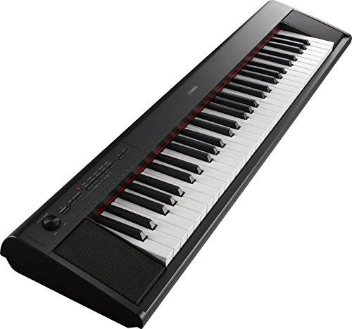Yamaha NP-12 Piaggero - Teclado digital portátil sencillo y elegante con 61 teclas, para aficionados y principiantes, color negro