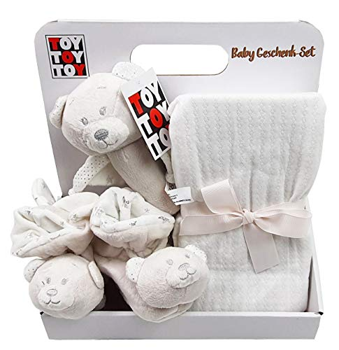 Baby Geschenk mit Babydecke Rasselschuhe Stabrassel Teddybär beige