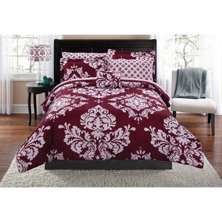 Mainstay Classic Noir Bed In A Bag Bedding Set in Burgundy in Queen