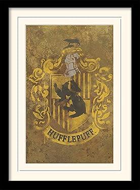 Harry Potter Hufflepuff Crest Memorabilia Art Print, 30 x 40 cm