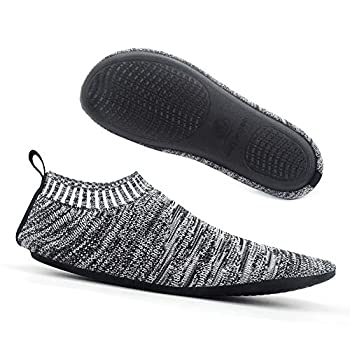 Best socks with rubber soles for men Reviews