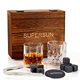 SUPERSUN Whisky Steine Geschenkset mit 8 Whiskey Kühlstein, 2 Whiskey Gläser, 2 Untersetzer und Eiszange, Bar Zubehör Geschenkset