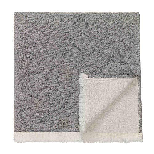 URBANARA 275 x 265 cm Tagesdecke/Plaid 'Anaba' Grau/Naturweiß – 100prozent Reine Baumwolle – Perfekt als Bettüberwurf oder Kuscheldecke — Stonewashed-Effekt — geeignet für Einzel- & Doppelbett