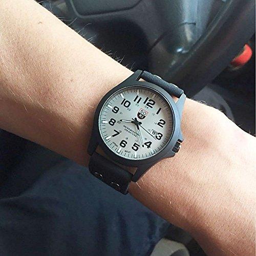 MMRM Klassischer SOKI Sport der Männer im Freien Uhrband-Imitation Leder Band Quarz Armbanduhr–Schwarz