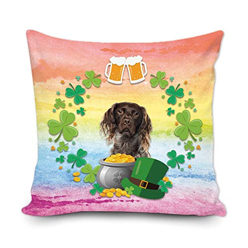 BAGEYOU Funda de almohada decorativa con diseño de trébol de trébol verde con texto en inglés 'My Love Dog Brittany Green Hat Golden Beer Decor Throw Cover de cojín de 45,7 x 45,7 cm