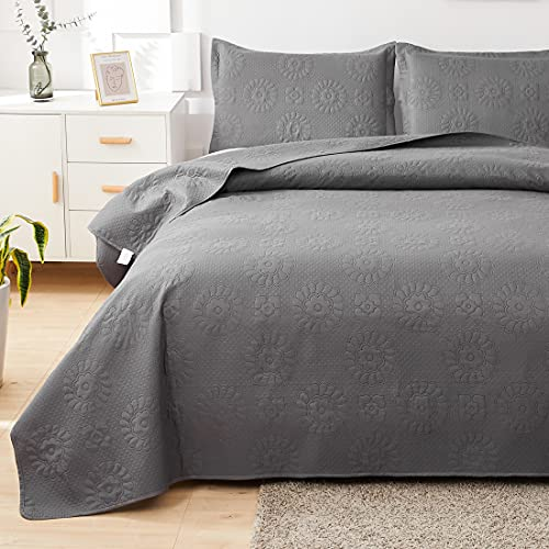 Dark Grey Quilts King Size Lightweight Microfiber Bedspraed Solid Color Quilt Set Ultra Soft Breathable Coverlet Floral Pattern Bedding with 2 Pillow Shams is $29.99 (67% off)