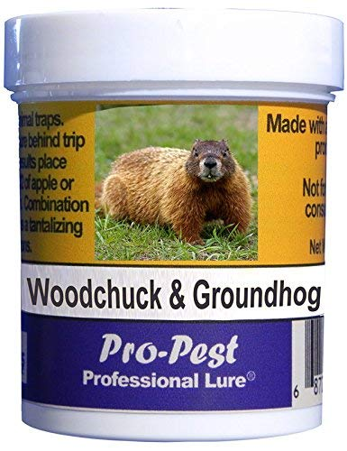 Pro-Pest Woodchuck/Groundhog Lure (4 oz)