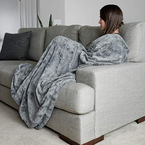 GRACED SOFT LUXURIES Softest Warm Elegant Cozy Faux Fur Home Throw Blanket (Solid Gray, Large 50' x 60')