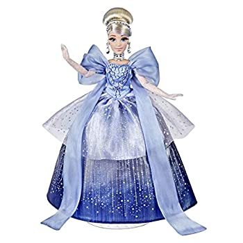 Disney Princess Style Series Holiday Style Cinderella Christmas 2020 Fashion Collector Doll with Accessories Toy for Girls 6 Years and Up
