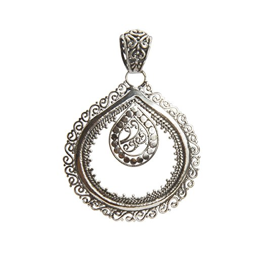 Shadi - Colgante elaborado a mano en plata de ley oxidada -joyería de plata artesanal
