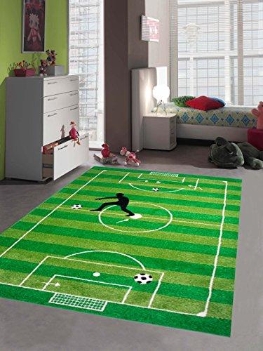 Traum Kinderteppich Spielteppich Kinderzimmerteppich Fußballteppich in Grün, Größe 80x150 cm