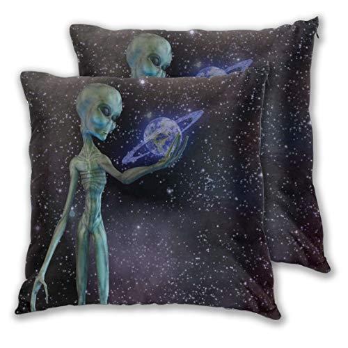 MOBEITI Juego de 2 Decorativo Funda de Cojín Espacio Exterior Cuerpo Extraterrestre Planeta en la Vía Láctea Cúmulos estelares Imagen de Criatura Extraterrestre Funda de Almohada Cuadrado para Sof