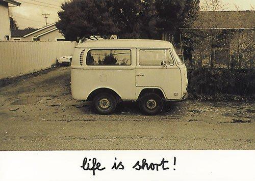 Postkarte A6 • 4301 ''VW-Bus'' von Inkognito • Künstler: Folke Kerckhoff • Satire
