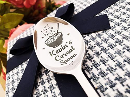 Cuchara de cereales en caja de regalo personalizada con nombre, cuchara grande para cena – regalo para los amantes de los cereales – mejor cucharada de desayuno Amazing Surprise