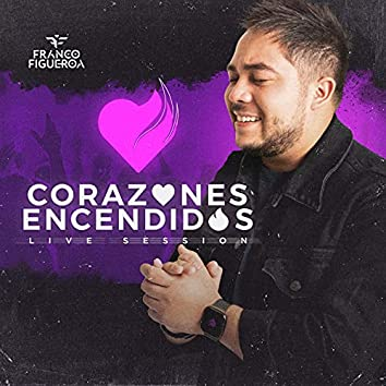 Corazones Encendidos (Live Version)