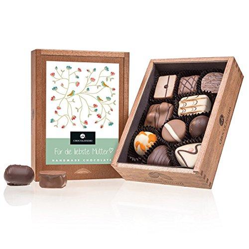 Elegance - Muttertag - 10 Edle Pralinen | in einem Holzkästchen | Für die liebste Mutter | Geschenkidee | Geburtstagsgeschenk | Schokolade| Mutter | Geschenk für Mama | Mutti