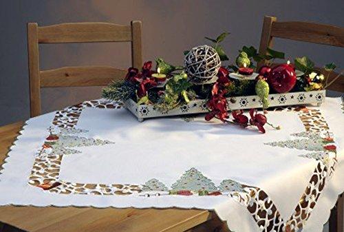 Mantel de centro con texto en alemán 'MÄRCHENHAFTE WEIHNACHTEN', bordado de color blanco champán con abeto y...