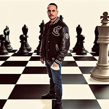 Die Hand voller Asse, das Leben spielt Schach