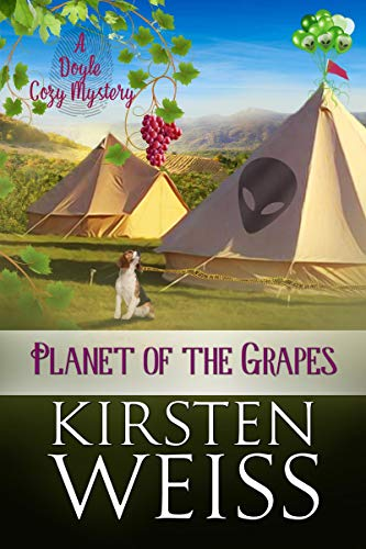 Planet of the Grapes: A Doyle Cozy Mystery (A Wits' End Cozy Mystery Book 2) (English Edition)