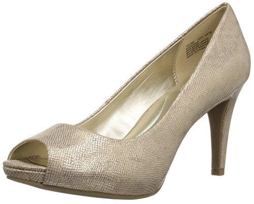 Bandolino Footwear Women's Rainaa Pump, gold glamour, 5.5