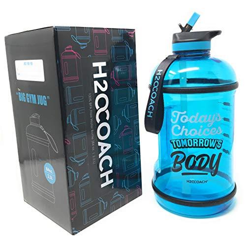 H2OCOACH Jarra de botella de agua de medio galón con marcador de tiempo y pajita, sin BPA, grande 2,5 l, 80 onzas (azul)