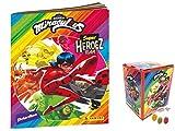 Panini Miraculous Ladybug Super Heroez Team Sticker – 1 álbum en blanco + 1 expositor – 50 bolsas de pegatinas & tarjetas Trading además 1 x surtido de frutas Sticker-und-co