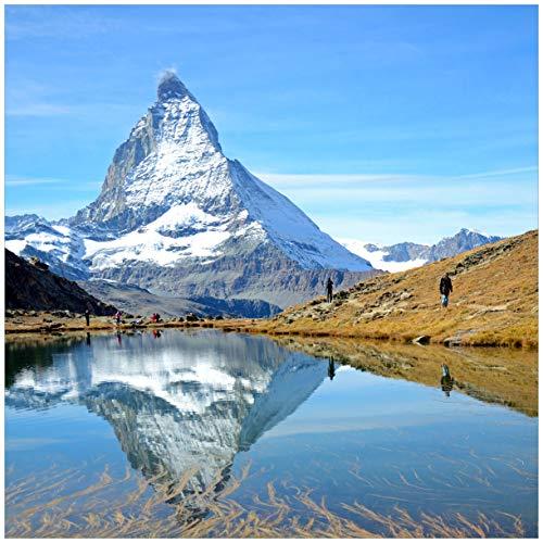 Wallario Glasbild Matterhorn - Spiegelung im See - 50 x 50 cm in Premium-Qualität: Brillante Farben, freischwebende Optik