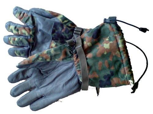 BW Winter Handschuhe, flecktarn, Nässeschutz, Gr. 9 mit Fingern