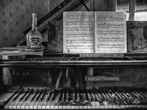 Artland Qualitätsbilder I Alu Dibond Bilder Alu Art 60 x 45 cm Stillleben Foto Schwarz Weiß D0IZ Lost Place Klavier