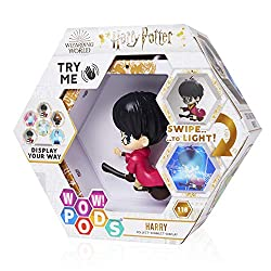 COLLECTIBLE TOY FIGURES from the Harry Potter movie franchise. There are 4 POD Figures to connect: Harry Potter, Hermione Granger, Professor Snape and Dobby the House-Elf COLLECT, CONNECT AND DISPLAY - PODS connect in a number of ways so that you can...