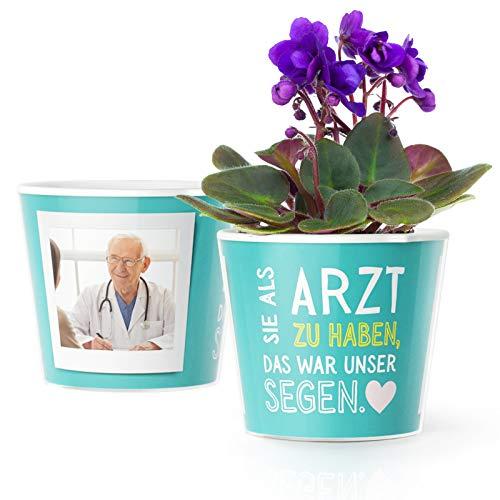Ärzte Geschenk Blumentopf (ø16cm) | Geschenke für einen Doktor zum Danke Sagen mit Bilderrahmen für 2 Fotos (10x15cm) | Sie als Arzt zu haben, das war unser Segen