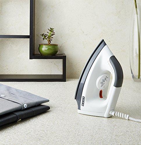 Usha EI 1602 1000-Watt Lightweight Dry Iron (White)