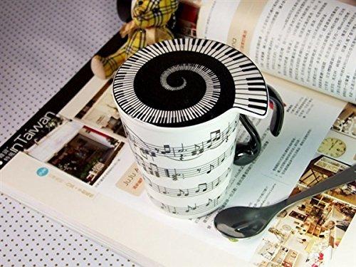 Tasse Notenlinie mit Deckel - arrangiert für Musiker: Geschenkartikel: Tasse mit Deckel/Untersetzer [Noten / Sheetmusic]