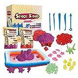 Leo & Emma Space Sand 1.8 kg con 50 Pezzi Forme, Numeri, Lettere, Pezzi di Castello, Strumento di modellazione, Sabbia Magica cinetica, Testato TÜV (0.9kg Viola e 0.9kg Rosso)