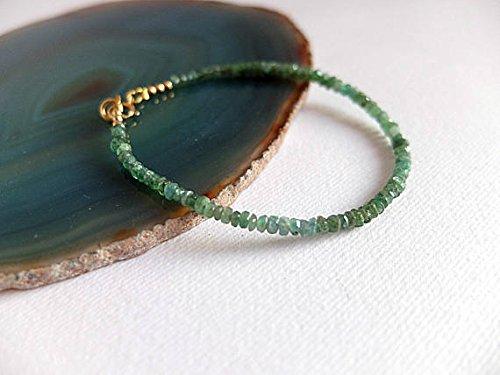 Pulsera de esmeralda verde, delicada pulsera de piedras preciosas esmeraldas, delicada pulsera de apilamiento de esmeralda en oro rellena de esmeralda colombiana